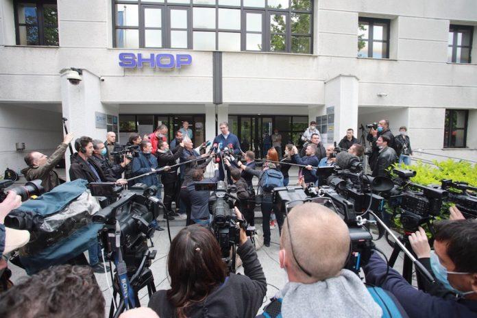 international-serbia-election-president-vucic-press-getty.jpg
