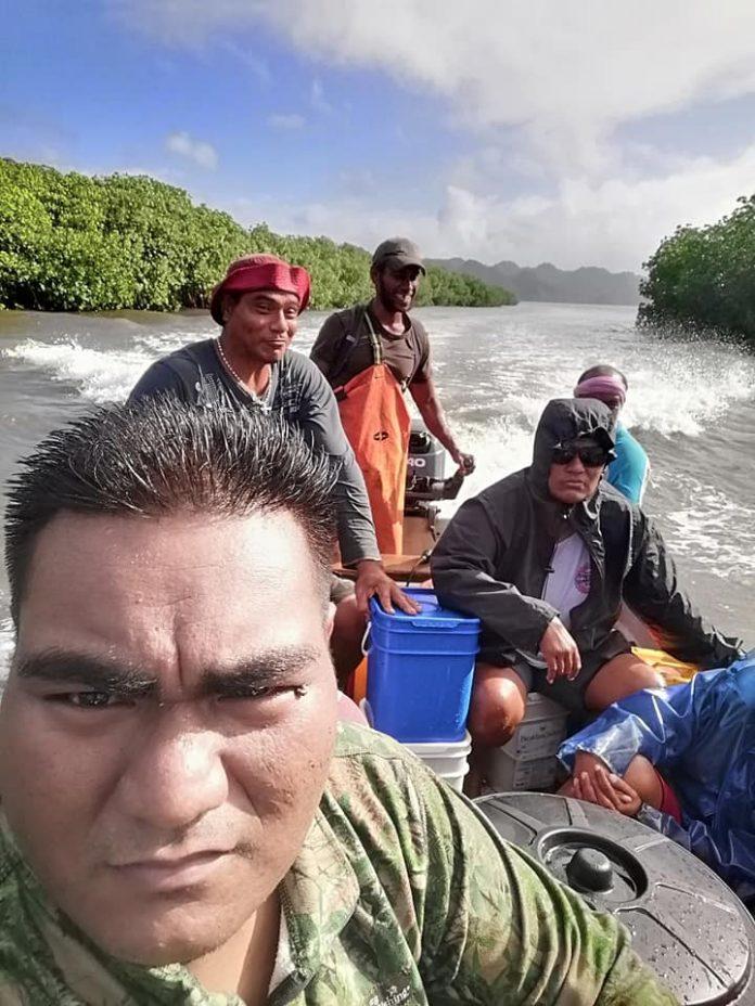 Boat trip to Rakentai Village, Photo: Rae Rae